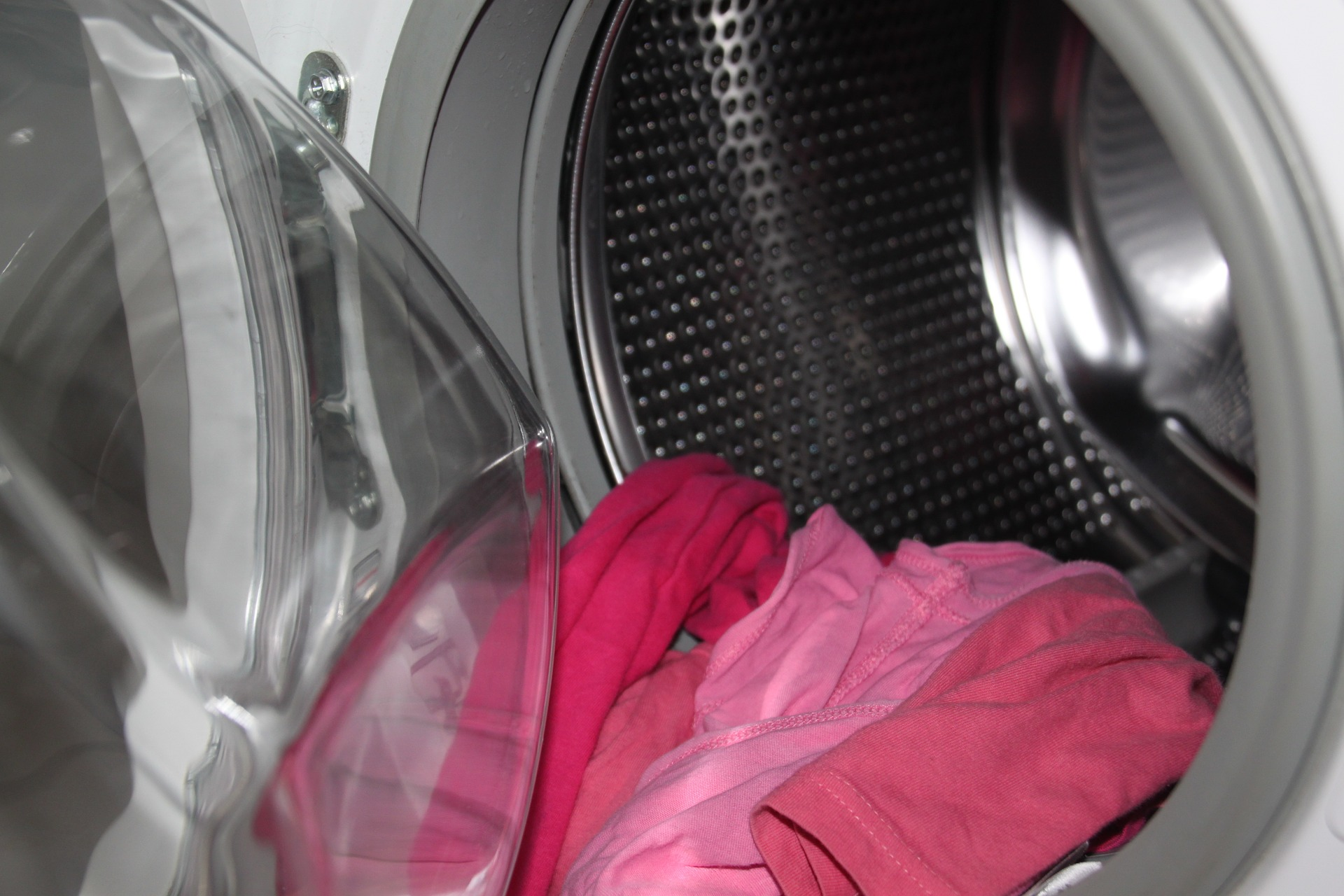 Consigli e rimedi su come pulire la lavatrice