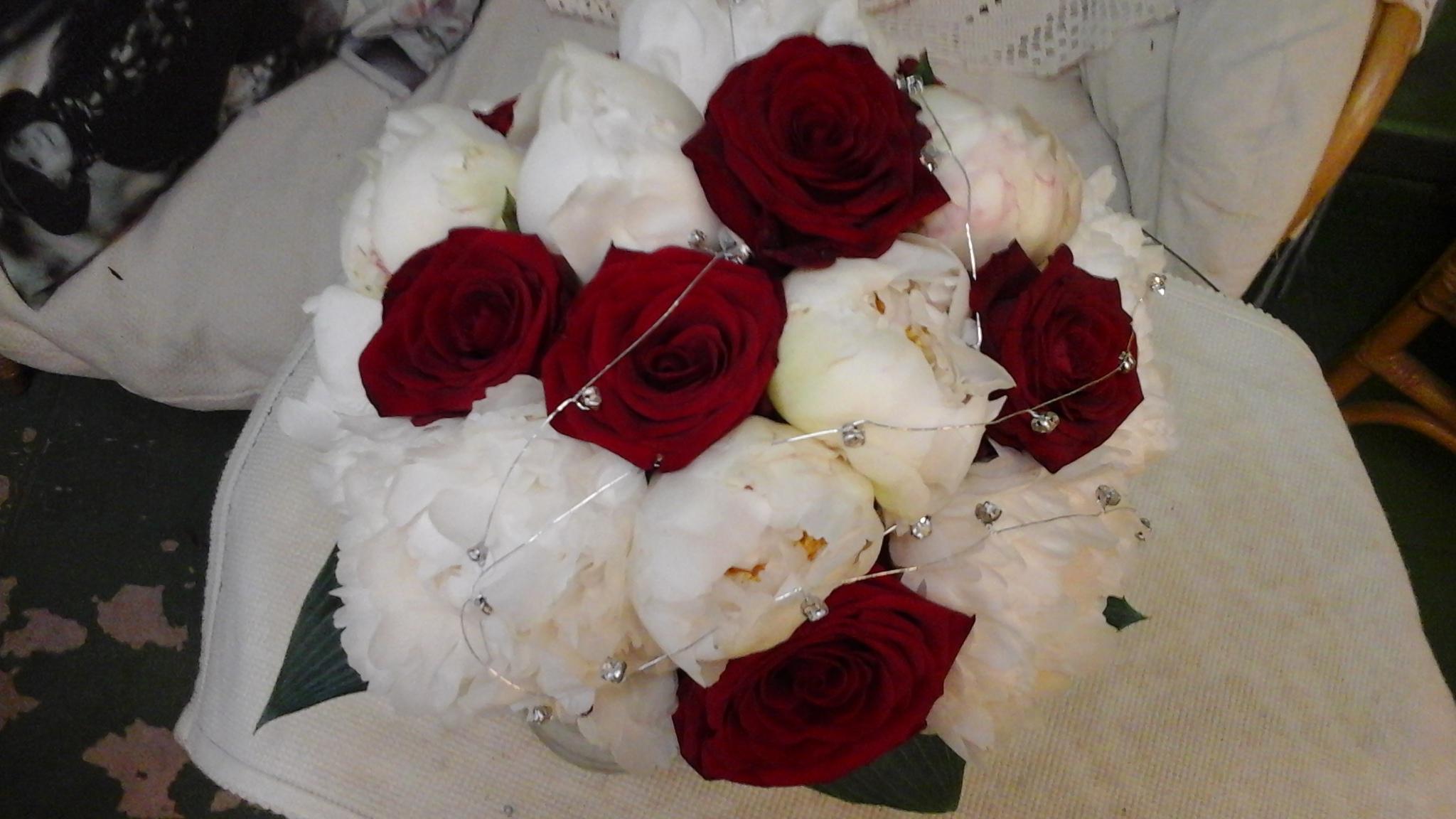 Bouquet Sposa Quanti.Bouquet Per Le Spose Come Si Creano E Quanto Sono Importanti