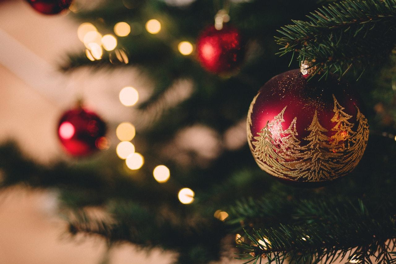 Natale 2018: 10 idee per le decorazioni, gli addobbi e le confezioni
